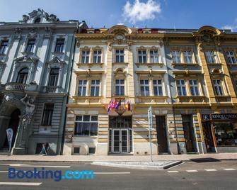 Hotel Dejmalik - Litoměřice - Gebouw