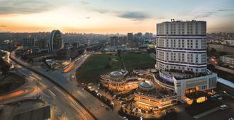 Wyndham Grand Istanbul Europe - Istanbul - Outdoor view