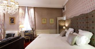 Best Western Premier Grand Monarque Hotel & Spa - Chartres - Κρεβατοκάμαρα
