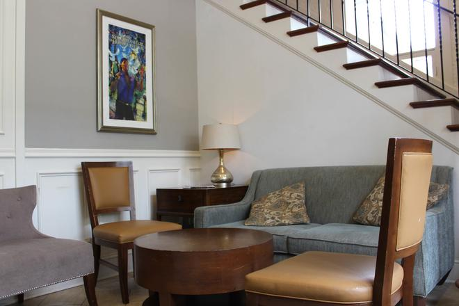 Hotel St. Pierre, a French Quarter Inns Hotel - New Orleans - Olohuone