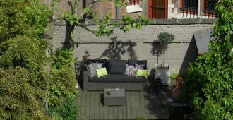 Bed & Breakfast Guesthouse Leman - אנטוורפן - פטיו