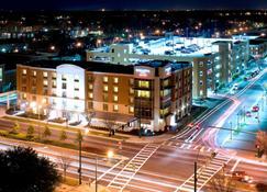 諾福克奧多明尼昂大學 SpringHill Suites 酒店 - 諾福克 - 諾福克(弗吉尼亞州) - 建築