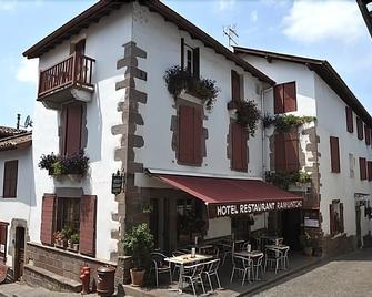 Ramuntcho - Saint-Jean-Pied-de-Port - Building