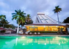 Crowne Plaza Managua - Managua - Svømmebasseng