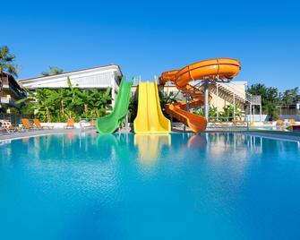 Golden Odyssey Hotel - Kolympia - Zwembad