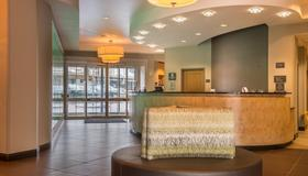 Residence Inn by Marriott Pittsburgh North Shore - Pittsburgh - Front desk
