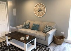 Capital City Condo #2 Close To Interstate, Water Park, Restaurants And Shopping - Frankfort - Salon