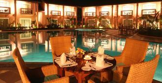 The Golden Crown Hotel & Spa, Colva - Colva - Restaurante