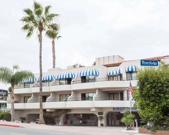 Travelodge by Wyndham San Clemente Beach - San Clemente - Edificio
