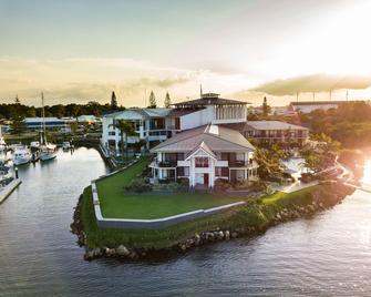 Sails Port Macquarie by Rydges - Port Macquarie - Building