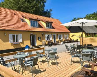 Hotel Skovly - Ronne - Terasa