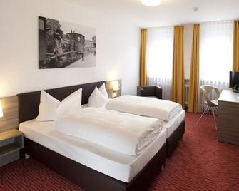 Hotel Grüner Baum - Bühlertal - Slaapkamer