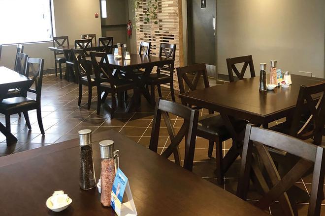 Comfort Inn West - Edmonton - Restaurant