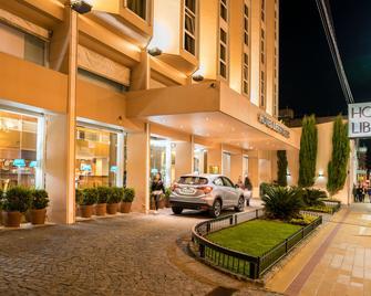 Hotel Libertador Tandil - Tandil - Gebäude