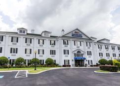 Baymont Inn and Suites Lakeland - Lakeland - Rakennus