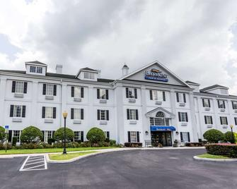 Baymont Inn and Suites Lakeland - Лейкленд - Building