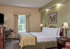 Baymont Inn and Suites Lakeland - Lakeland - Bedroom