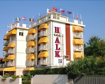 Hotel Alk - Marina Di Pietrasanta - Gebouw