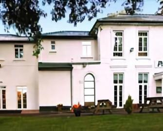 The Park Hotel - Abergavenny - Edificio