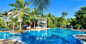 First Bungalow Beach Resort - Koh Samui - Piscina