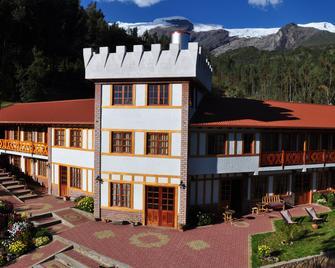Copacabaña Lodge - Carhuaz - Building