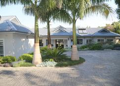 Kingsmead Guest House - Harare - Building