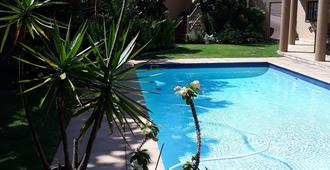 Joan's Bed And Breakfast - Durban