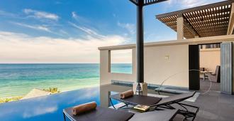 Vana Belle, a Luxury Collection Resort, Koh Samui - קו סאמוי - מרפסת