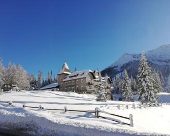Hotel Castel Latemar - Carezza al Lago
