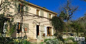 Chambres d'Hôtes Les Oliviers - Moustiers-Sainte-Marie - Edificio