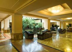 Starhotels Du Parc - Parma - Lobby