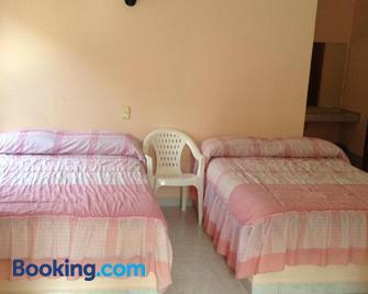 Hotel Tecozautla - Tecozautla - Bedroom