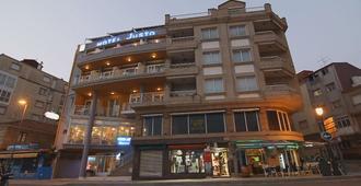 Hotel Justo - Sangenjo - Edificio