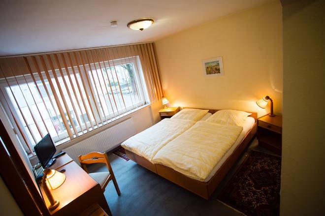Hotel Am Sportpark - Duisburg - Makuuhuone