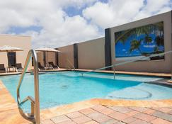 Bubali Luxury Apartments - Adults Only - Wheelchair Friendly - Oranjestad - Piscina