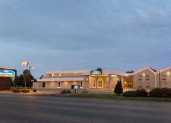 Howard Johnson by Wyndham Billings - Billings - Edificio