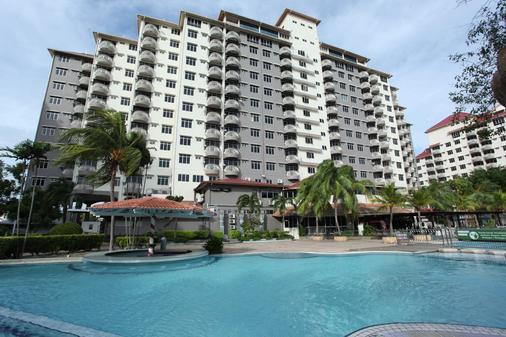 Glory Beach Resort - Port Dickson - Κτίριο