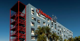 Hampton by Hilton Guarulhos Airport - Guarulhos - Gebouw