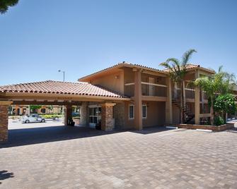 Best Western University Inn Santa Clara - Santa Clara - Κτίριο