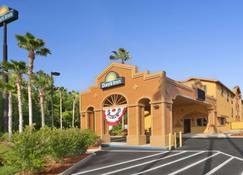 Days Inn by Wyndham Orange Park/Jacksonville - Orange Park - Building