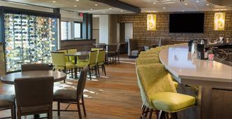 Holiday Inn Hotel & Suites Des Moines - Northwest, An IHG Hotel - דה מואן - מסעדה