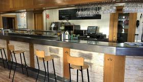 Hostal-Restaurante Iruñako by Bossh Hotel - Burgos - Bar