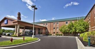 Baymont by Wyndham Knoxville/Cedar Bluff - נוקסוויל
