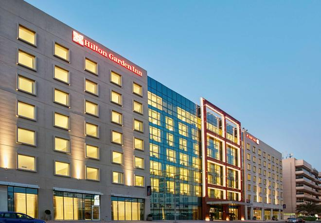 Hilton Garden Inn Dubai Mall Of The Emirates - Dubai - Building