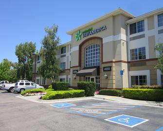 Extended Stay America - Pleasanton - Chabot Dr - Pleasanton - Building