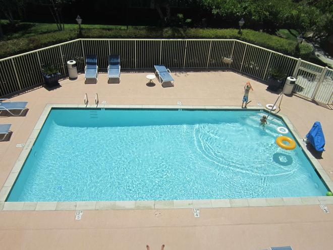 Extended Stay America - Pleasanton - Chabot Dr - Pleasanton - Pool