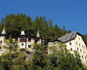 Hotel Schloss Fernsteinsee - Nassereith - Gebouw