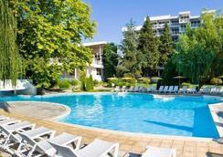 Hotel Sandy Beach - Albena - Pool