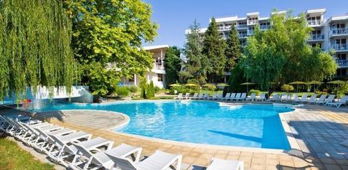 Hotel Sandy Beach - Albena - Bể bơi