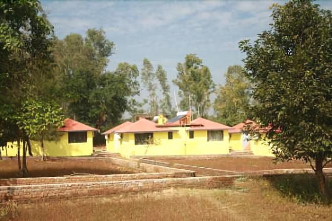 Windsor Tiger Resort - Khatia - Building